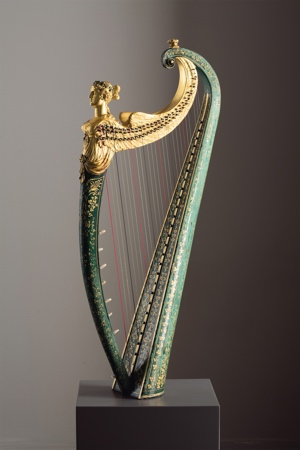 Celtic Hook Harp